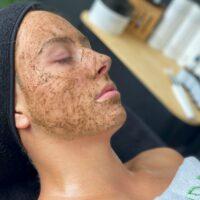 biopeeling-gezichtsbehandelingen-schoonheidsspecialiste-leiden-leiderdorp